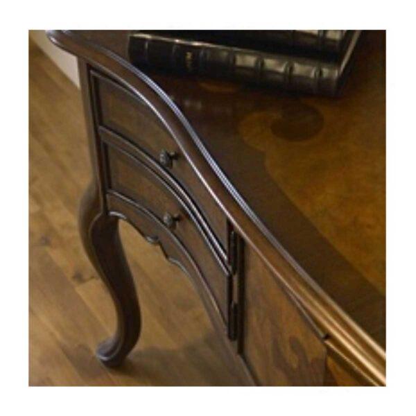 Vernice nitrocellulosiche ideale per realizzare mobili in stile