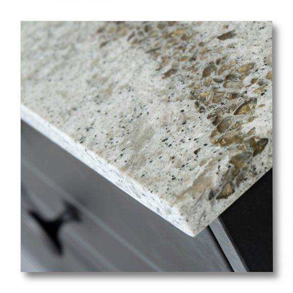 Vernici trasparenti per superfici in marmo